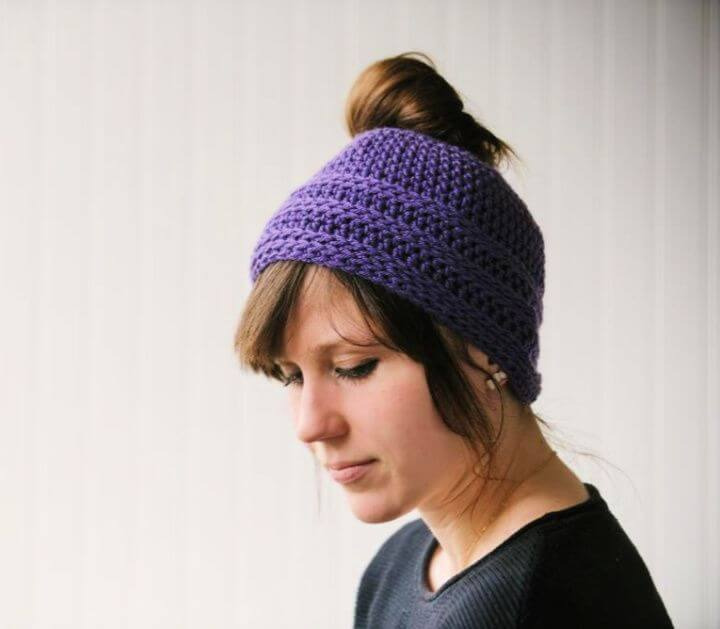 messy bun, crochet, ideas, diy ideas, diy crafts and projects, crochet hats, diy projects