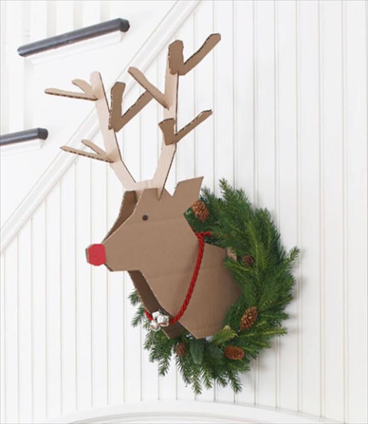 Reindeer Idea decoration, recycled cardboard, reindeer christmas day