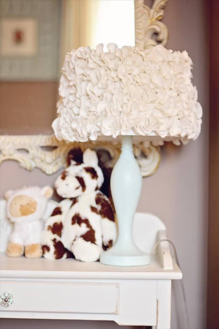 decor room, home decor, ruffle, lampshade, lamps, how to crafts,