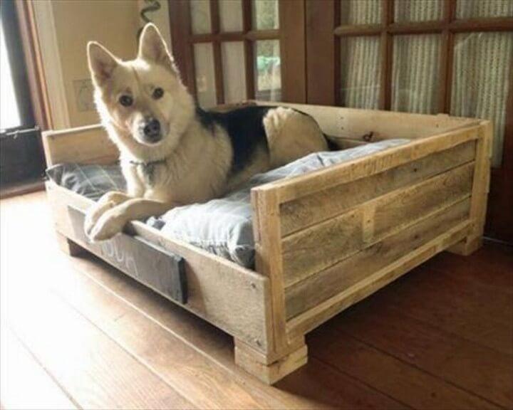 pallet dog house, pallet bed, dog bed