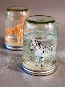 Cute DIY Glitter Snow Globes From Mason Jars