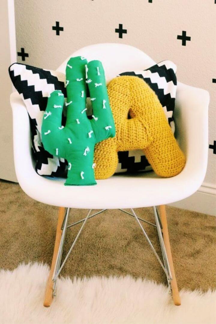 DIY Cactus Pillow Tutorial 1