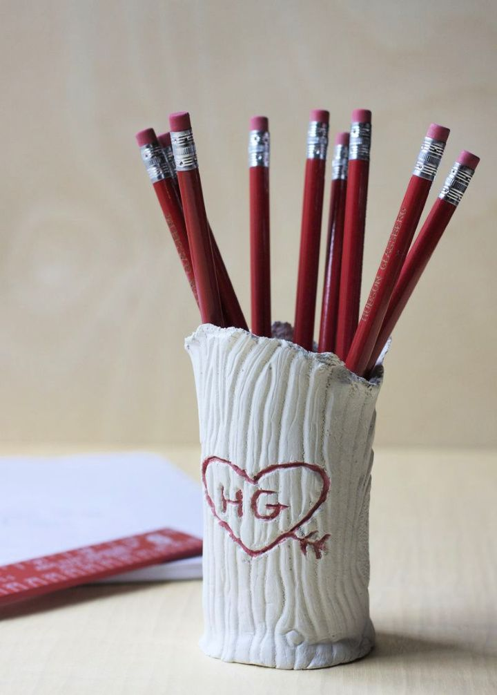 DIY Clay Tree Trunk Pencil Holder