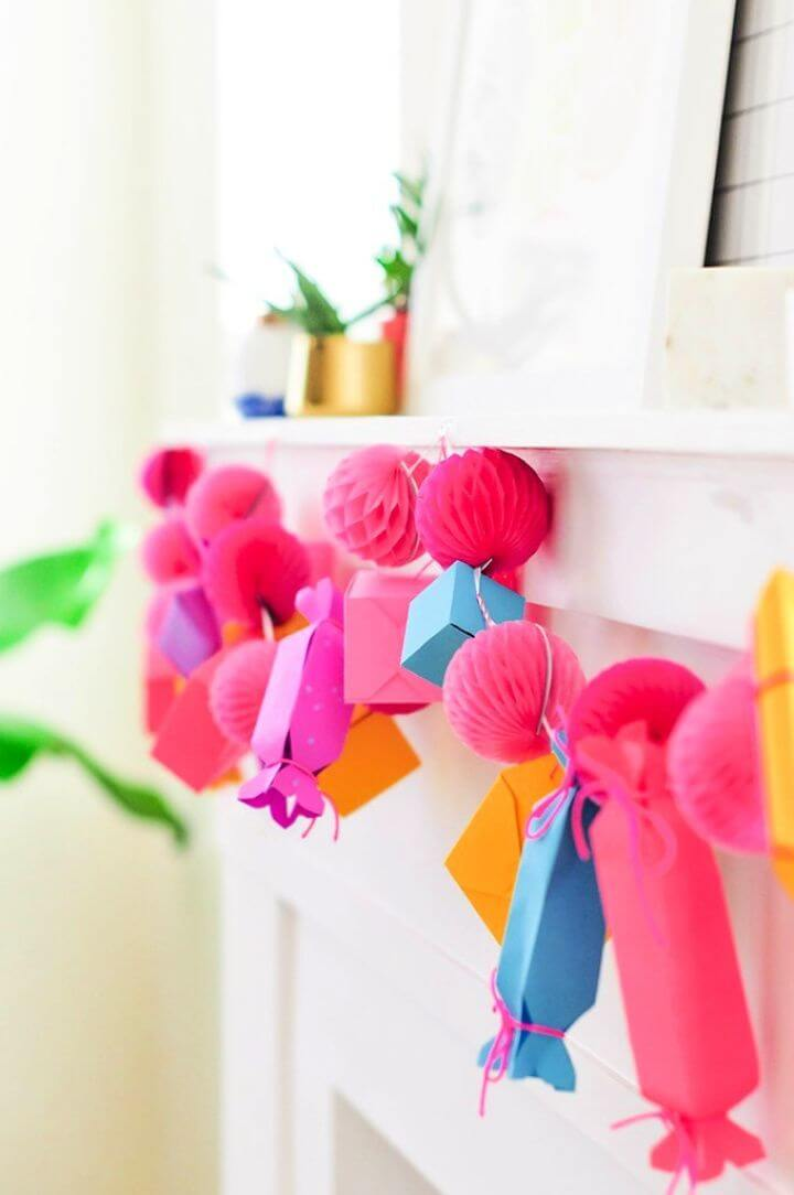 How To Make A Paper Gift Box Garland