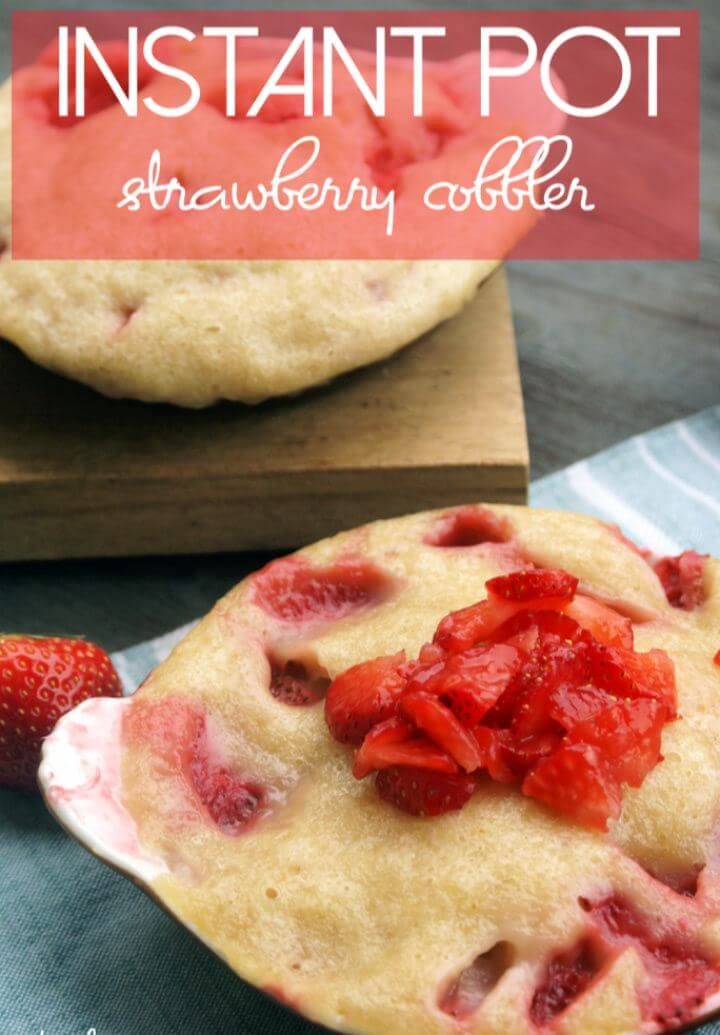 Best Instant Pot Strawberry Cobbler