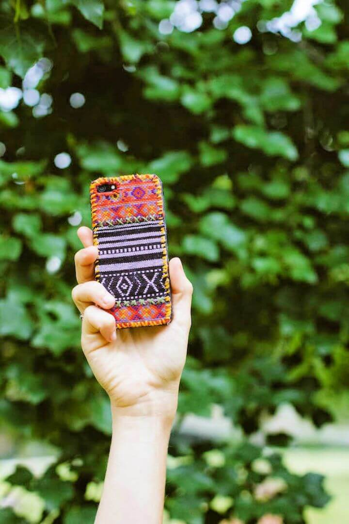 Create Your Own DIY Tapestry iPhone Cover Top 1