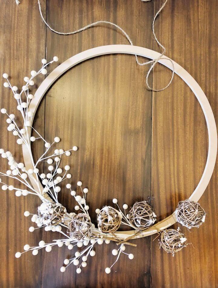 Cute DIY Christmas Wreath