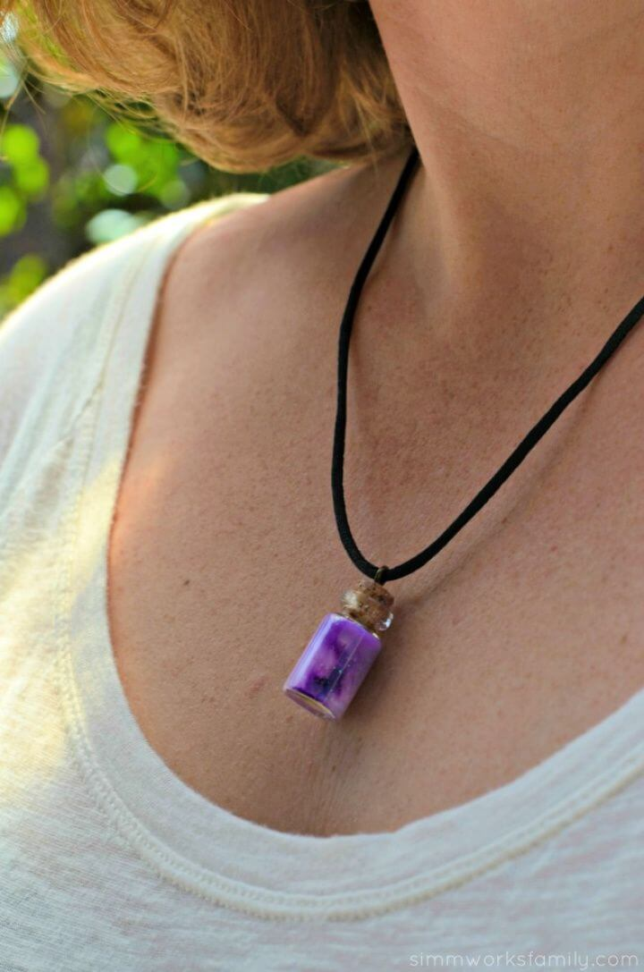 Cute DIY Nebula in a Bottle Necklace