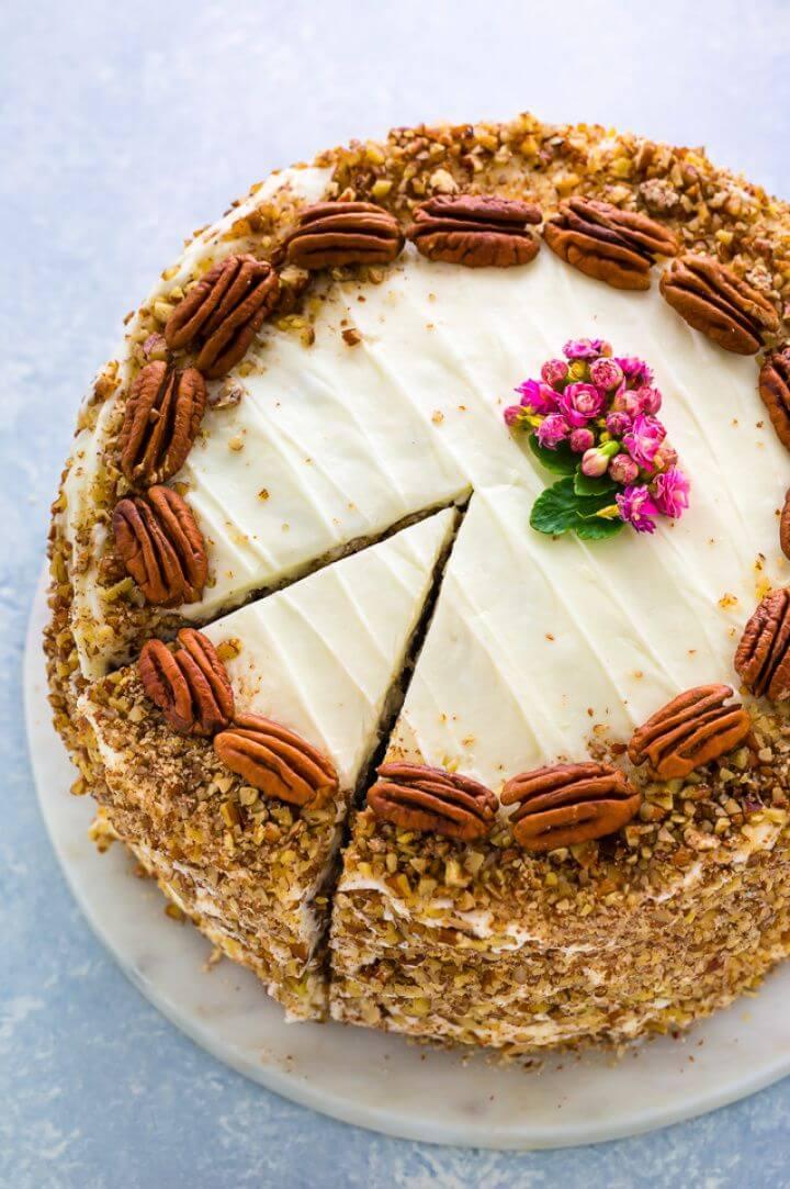 How To Make A DIY Hummingbird Cake