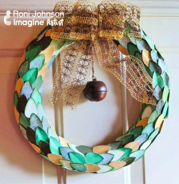 How to Build a Papercrafted Wreath with Dewlets