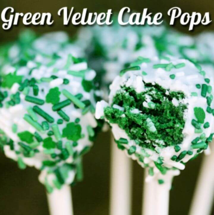 Make A DIY Green Velvet Cake Pops