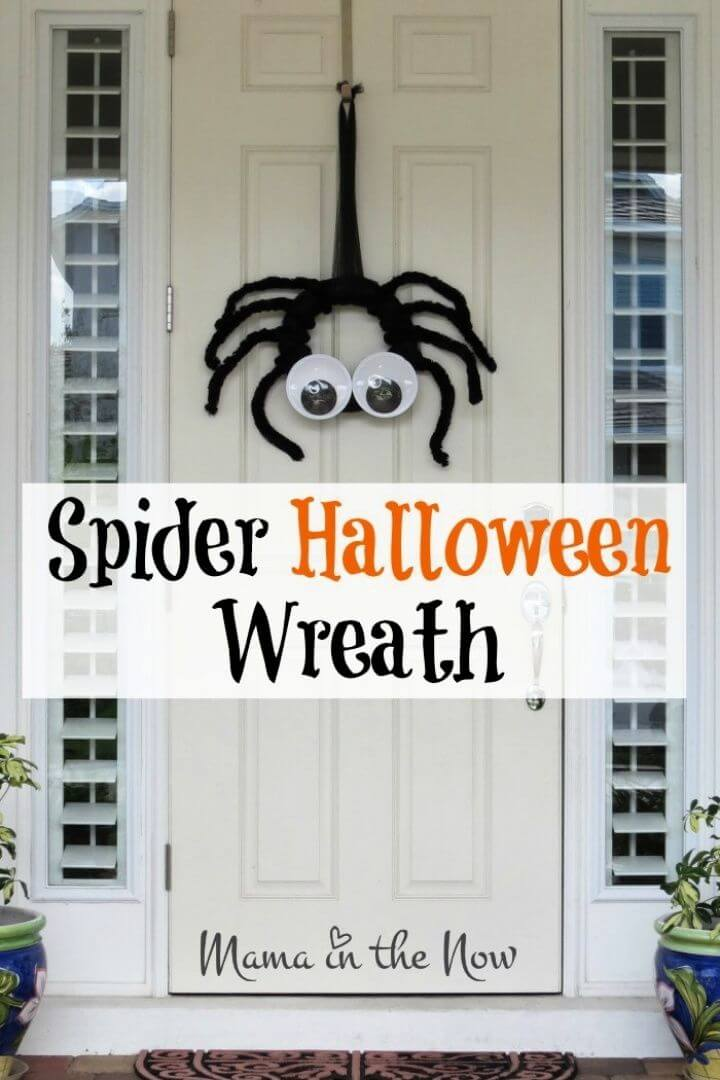 Make Your Own DIY Spider Halloween Wreath