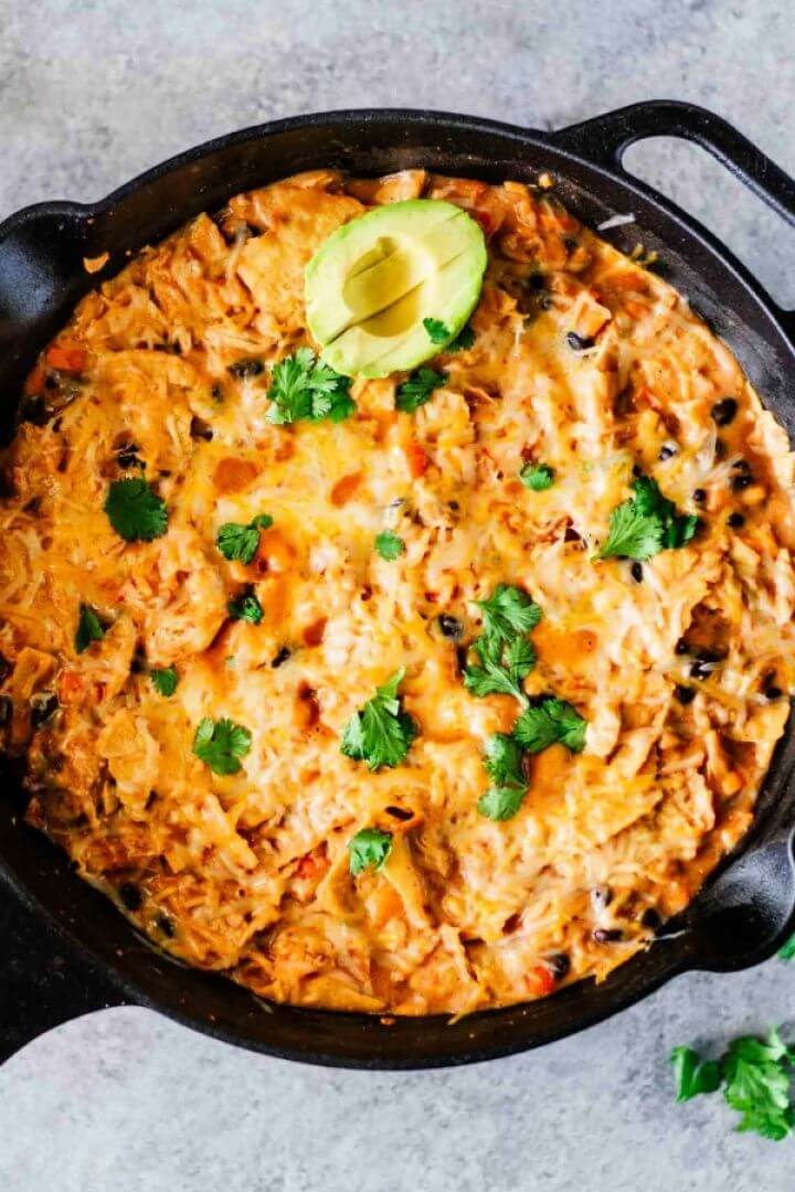 Creamy Healthy Chicken Enchilada Skillet