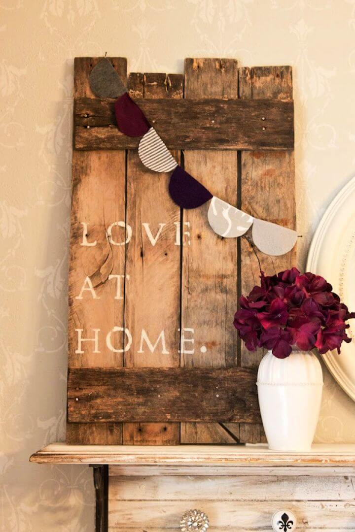 DIY Love at Home Pallet Art