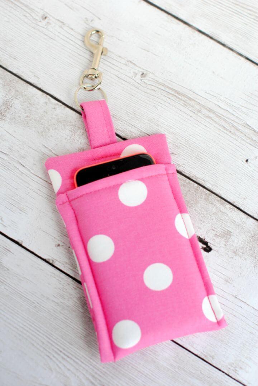 Easy And Simple DIY Phone Wallet Pattern