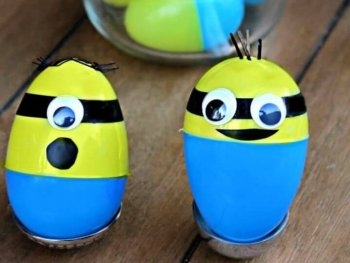 How To Create A DIY Minion Easter Eggs