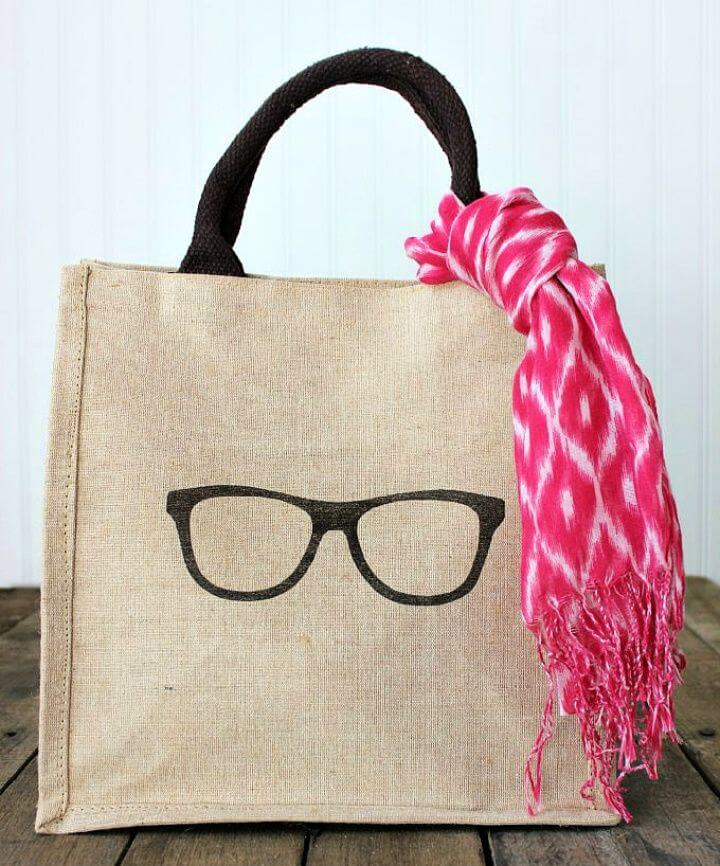How To Make Trendy Burlap Tote