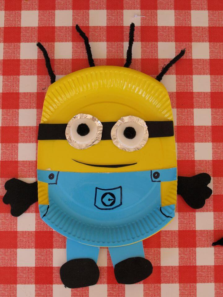 Simple DIY Paper Plate Minion Craft