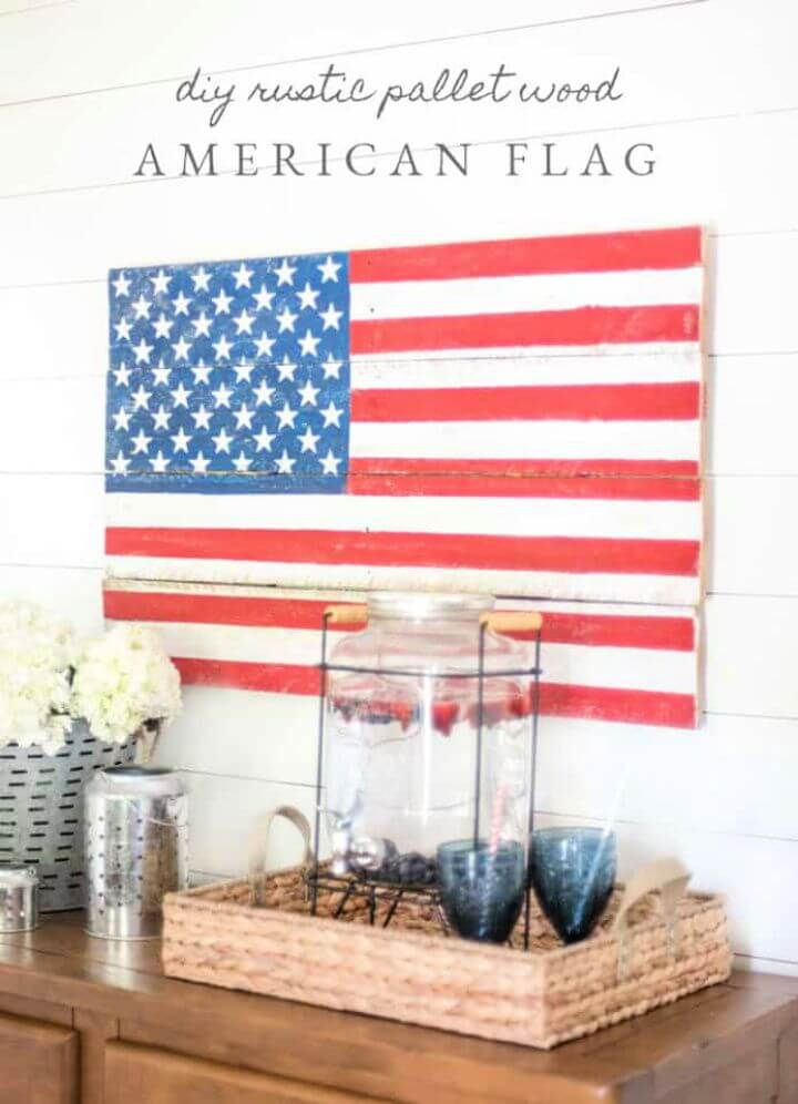 Simple DIY Rustic Pallet Wood American Flag