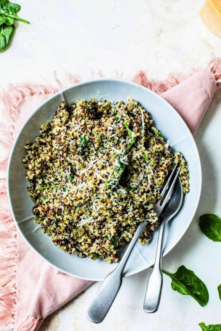 15 Minute Spinach Pesto Quinoa Bowl