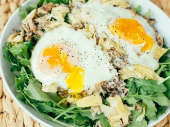 4 Ingredient Seaside Paleo Breakfast Salad