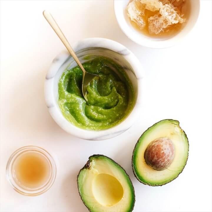 Avocado Yogurt Honey Face Mask Tutorial
