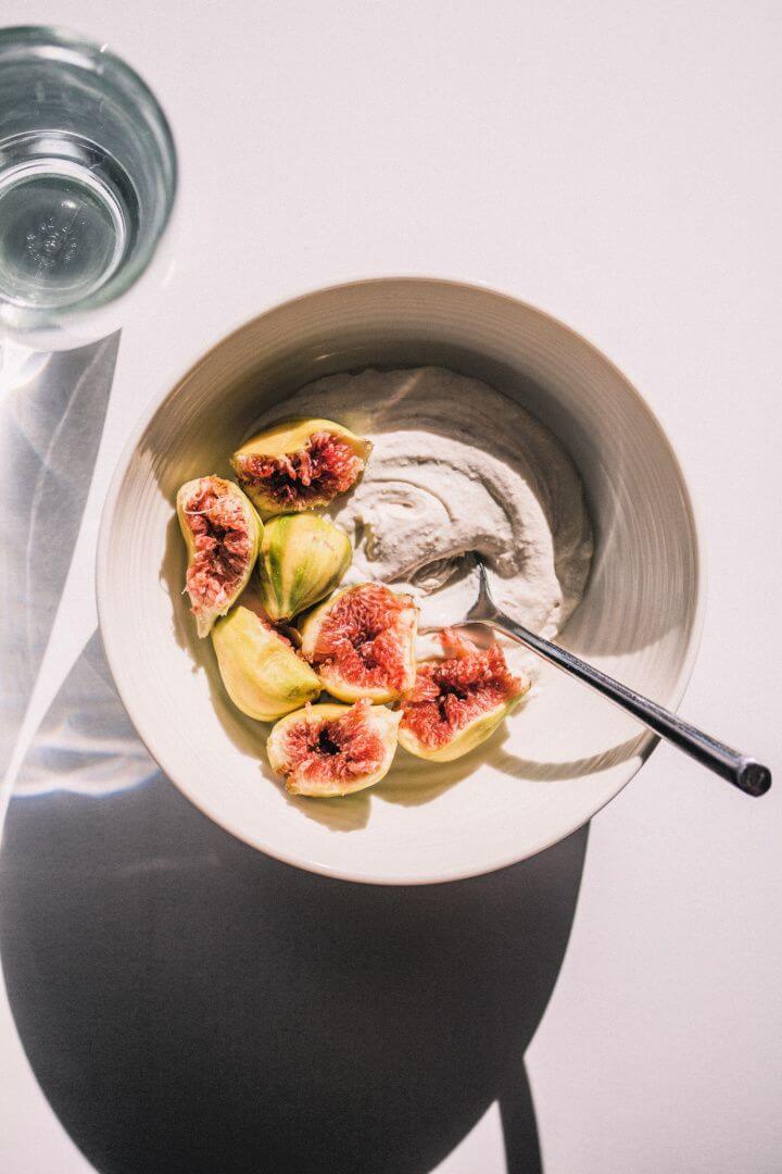 Best DIY Homemade Cashew Oat Yogurt