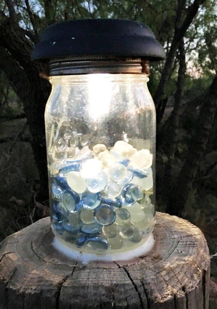 Build A DIY Inexpensive Mason Jar Solar Lights