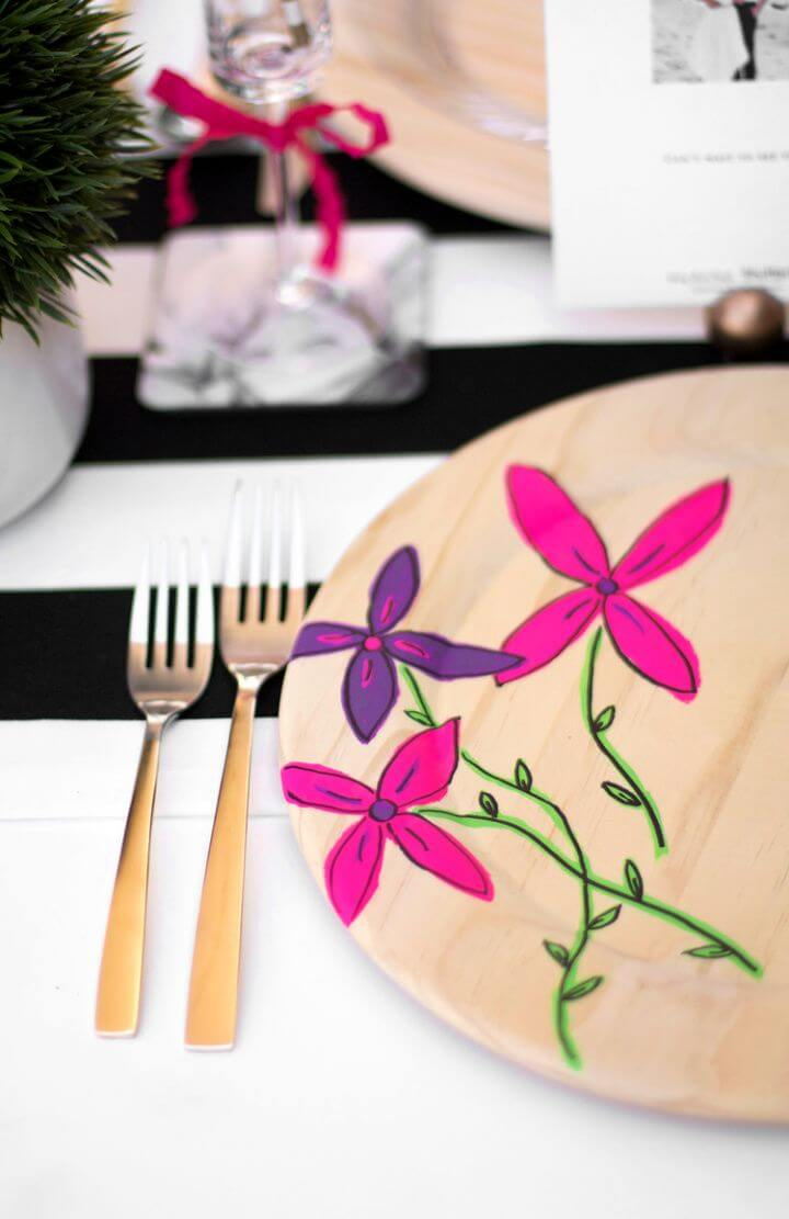 Cute DIY Floral Plate Chargers