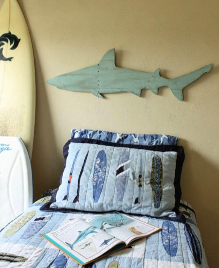 DIY Celebrating Shark Week Pallet Shark