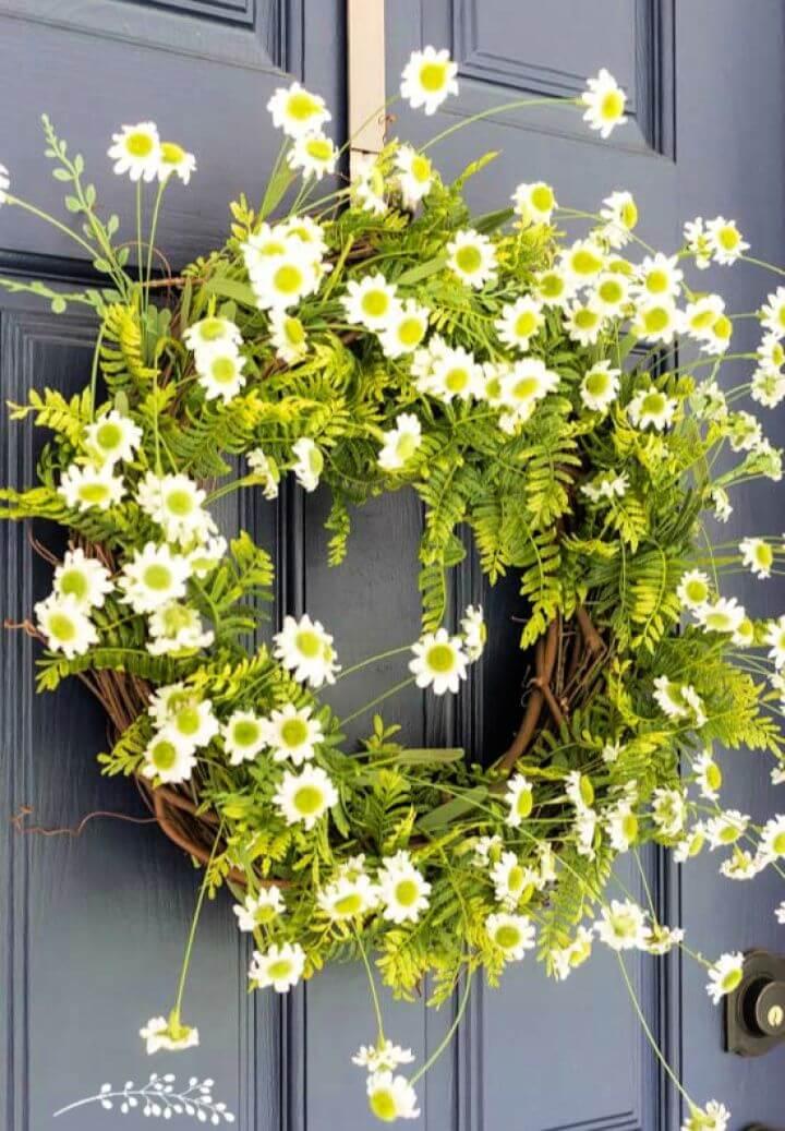 DIY Easy Fern Daisy Summer Wreath