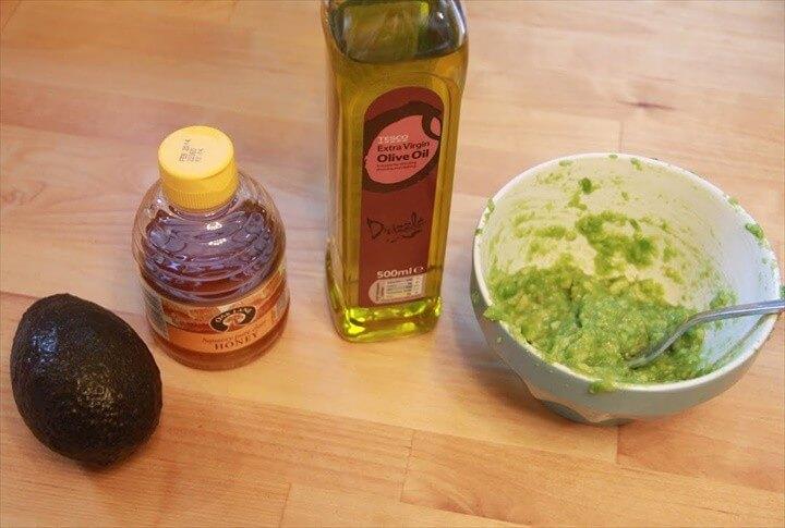 DIY Hair Mask With Avocado