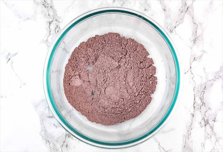 DIY Homemade Hibiscus Powder Lavender Clay Face Mask