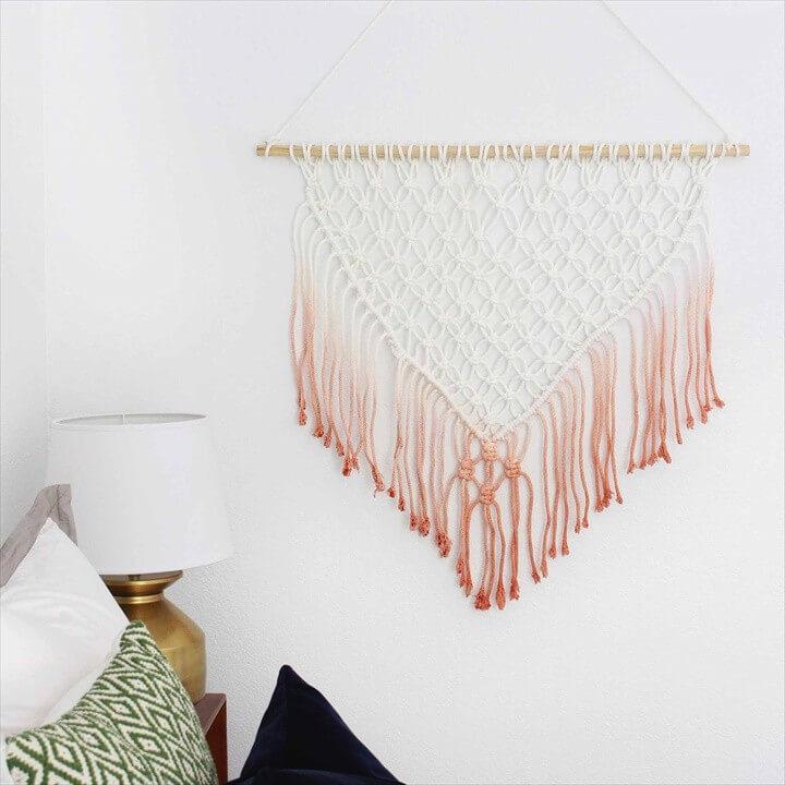 DIY Syed Wall Hanging Tutorial Fro Room Decor