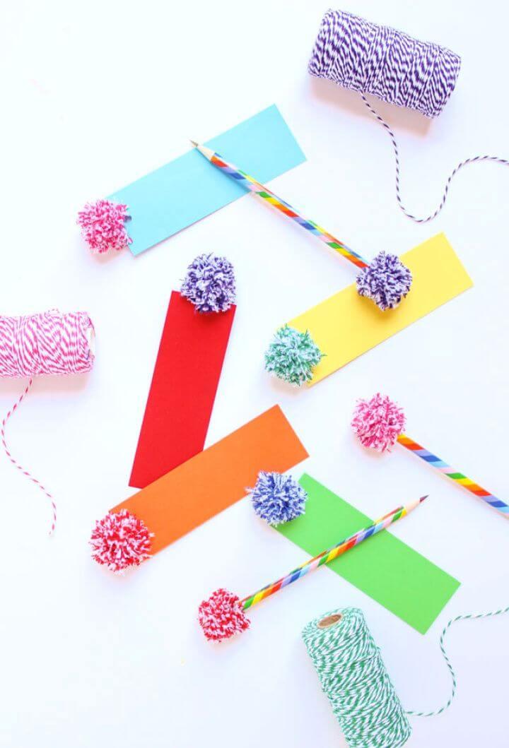 Easy DIY Baker's Twine Pom Pom Bookmarks
