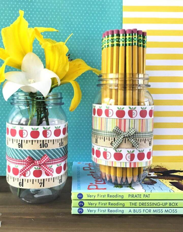 Easy DIY Mason Jar Pencil Holder