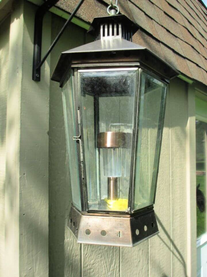 Easy DIY Solar Mason Jar Light