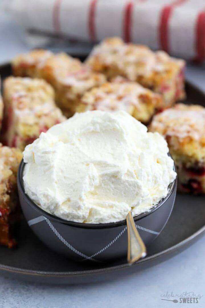 Easy Homemade Whipped Cream