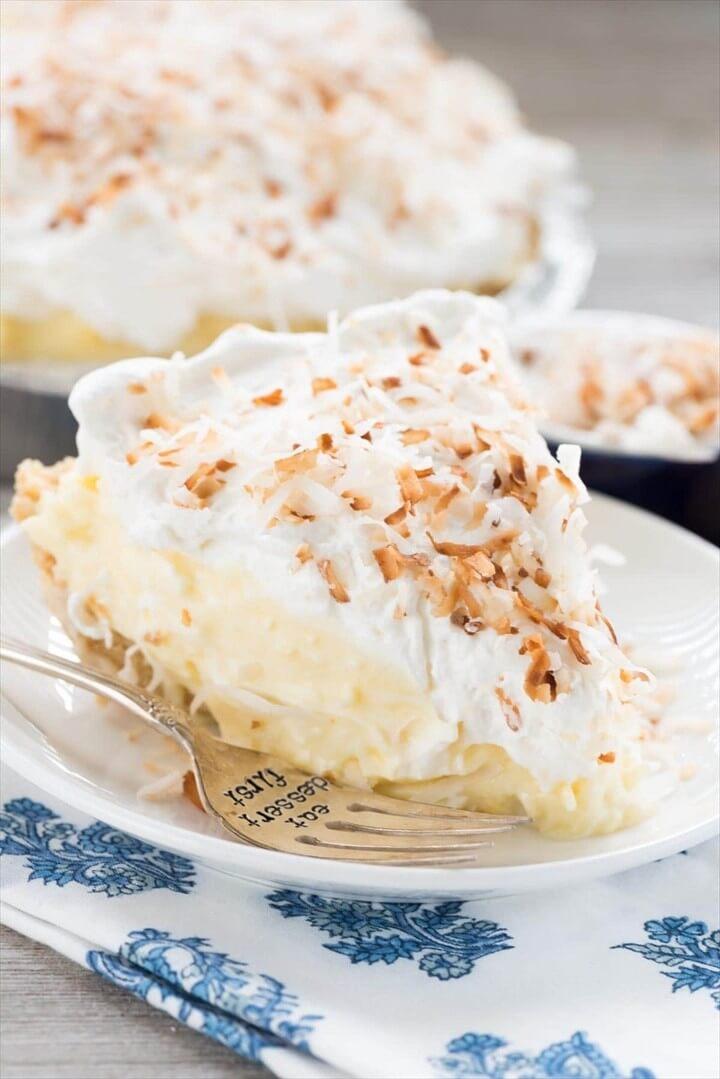 Easy No Bake Coconut Cream Pie