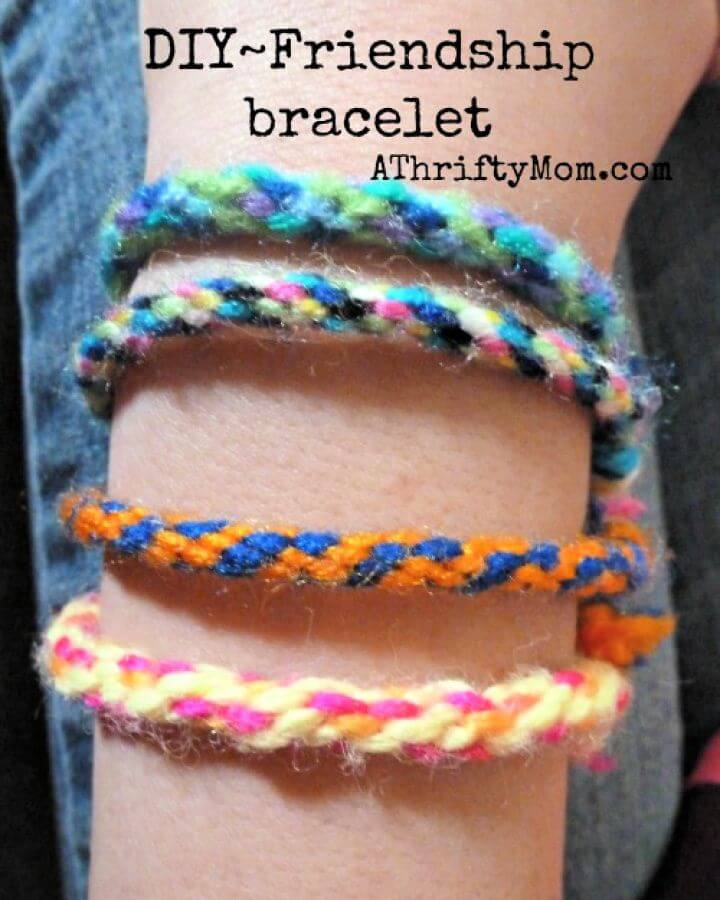 Friendship Bracelet Easy DIY Summer Craft for Kids
