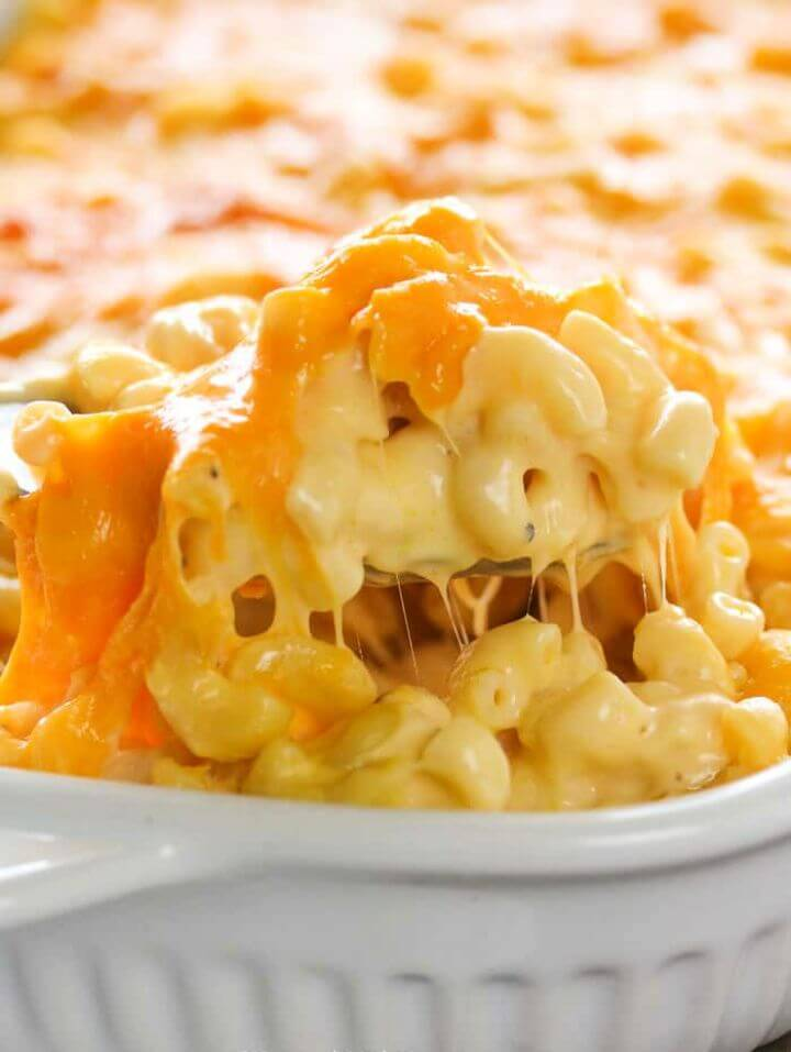 Homemade Mac and Cheese Casserole