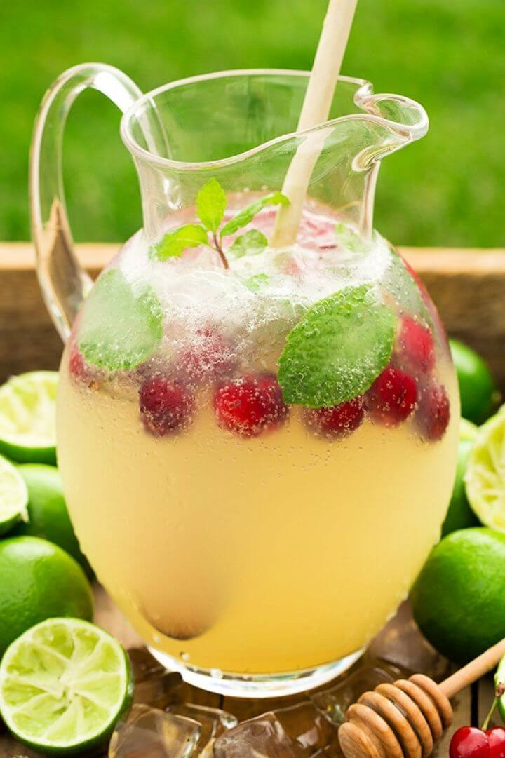 How To DIY Sparkling Honey Limeade 1