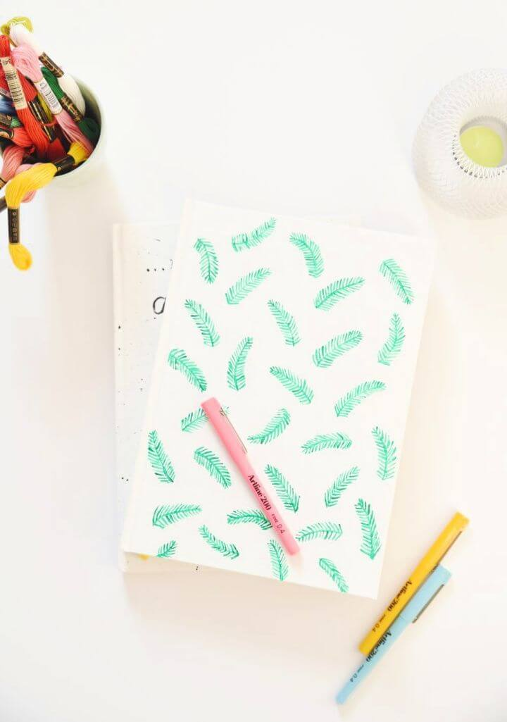 How To Make A DIY Customized Notebooks