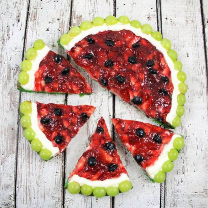 How To Make A DIY Watermelon Fruit Pizza