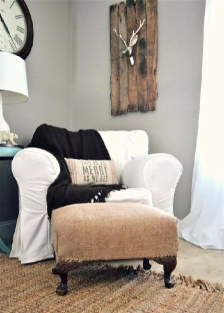 How To Make Your Own DIY Burlap Ottoman