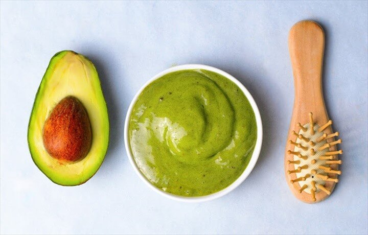 How To Make Your Own Nourishing Avocado Hair Mask