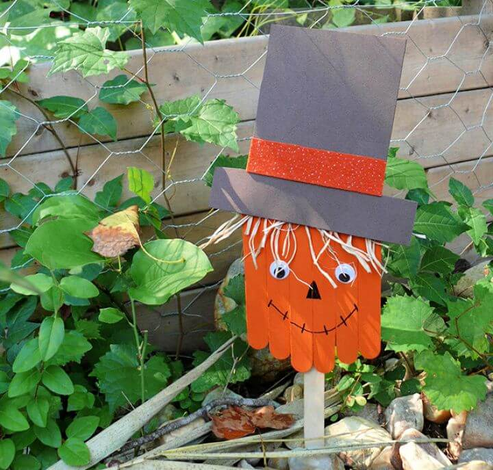 How to Make a Popsicle Stick Scarecrow