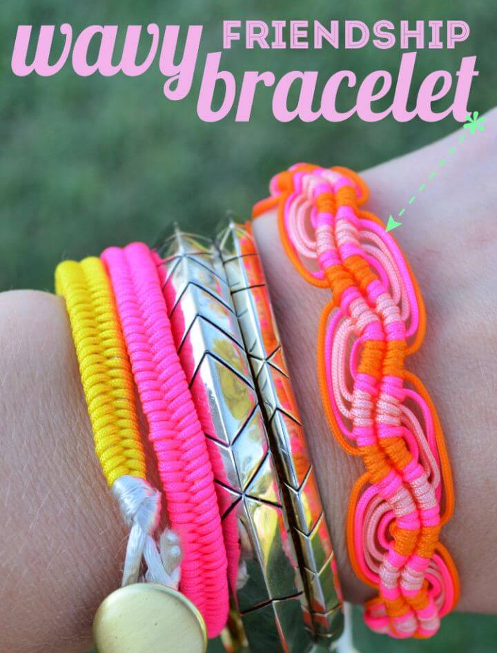 Make A DIY Wavy Friendship Bracelet