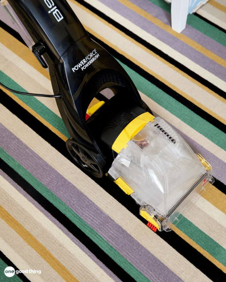 Make This Easy Carpet Cleaner Solution For Cheap