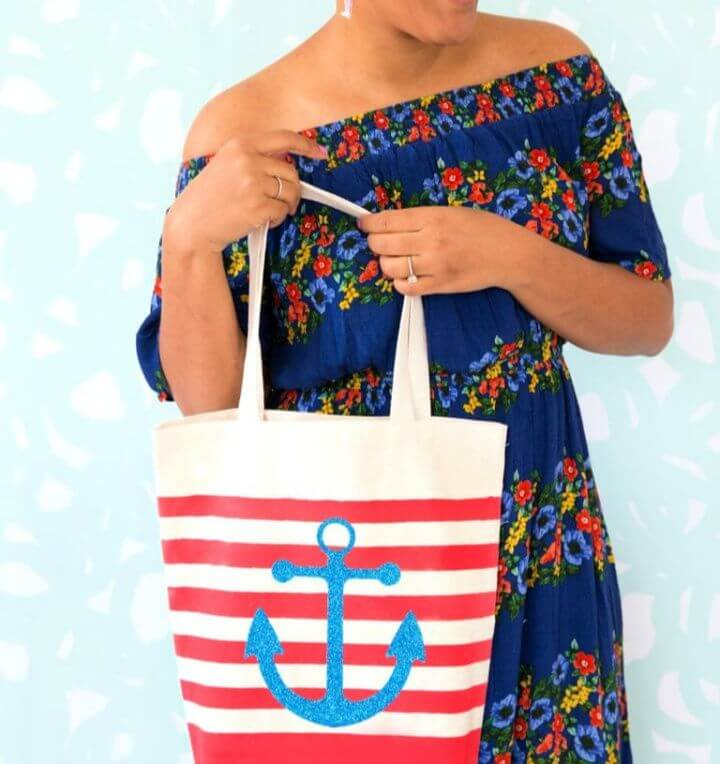 Simple DIY Striped Nautical Tote Bag with Cricut Explore